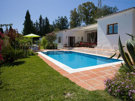 Villa for sale in Reinoso with 3 bedrooms | Marbella Maison