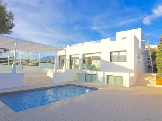 Nueva Andalucia, Marbella, villa en venta de 4 dormitorios | Marbella Maison