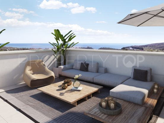 Buy Casares penthouse with 3 bedrooms | Marbella Maison