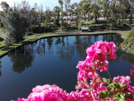 Duplex penthouse for sale in Guadalmina Alta with 3 bedrooms | Marbella Maison