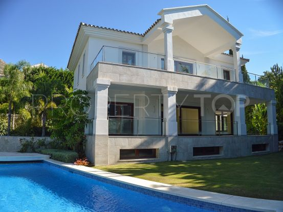 Buy 5 bedrooms villa in Cascada de Camojan, Marbella Golden Mile | DeLuxEstates