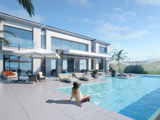 For sale villa in Los Almendros, Benahavis | LibeHomes