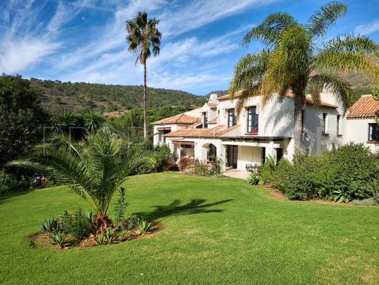 Villa with 10 bedrooms for sale in Casares | LibeHomes