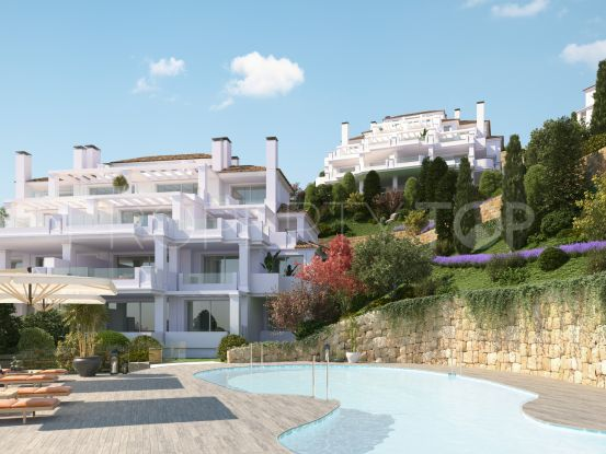 For sale ground floor apartment with 2 bedrooms in Nueva Andalucia, Marbella | LibeHomes