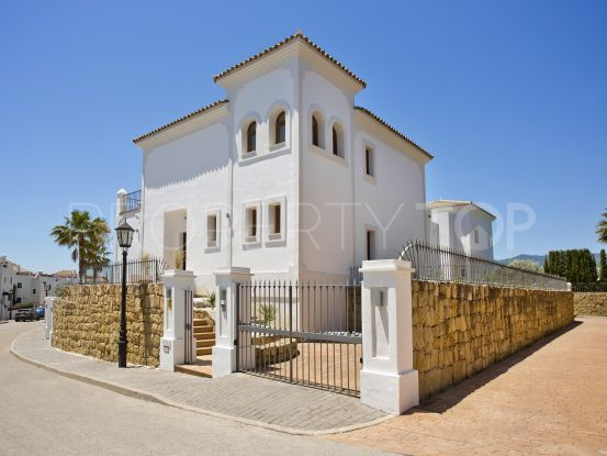 Villa with 3 bedrooms for sale in La Resina Golf, Estepona | LibeHomes