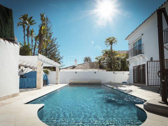 For sale 4 bedrooms villa in Rio Verde Playa, Marbella Golden Mile | Loraine de Zara