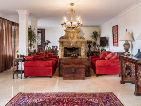 For sale villa in Rocio de Nagüeles, Marbella Golden Mile | Loraine de Zara