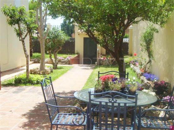 Buy villa in Marbella Centro with 6 bedrooms | Loraine de Zara