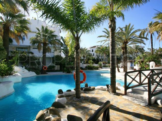 Apartment for sale in La Isla, Marbella - Puerto Banus | Loraine de Zara