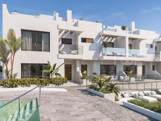 Buy town house with 3 bedrooms in Fuengirola | Michael Moon