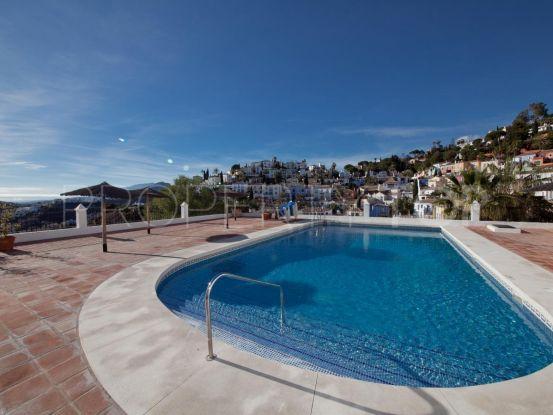 Se vende adosado con 3 dormitorios en La Heredia, Benahavis | Michael Moon