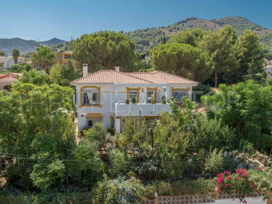 Villa for sale in Alhaurin de la Torre with 4 bedrooms | Michael Moon