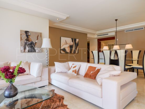 Ground floor apartment for sale in New Golden Mile with 3 bedrooms | Lucía Pou Properties