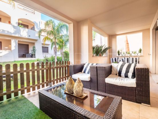 Buy Medina de Banús ground floor apartment with 3 bedrooms | Serneholt Estate