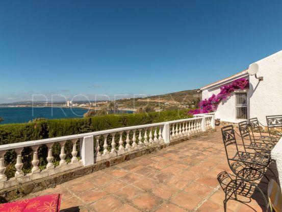 Buy villa in Manilva with 3 bedrooms | Serneholt Estate