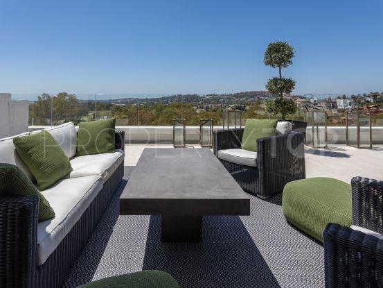 For sale penthouse in Azahar de Marbella with 3 bedrooms | Serneholt Estate