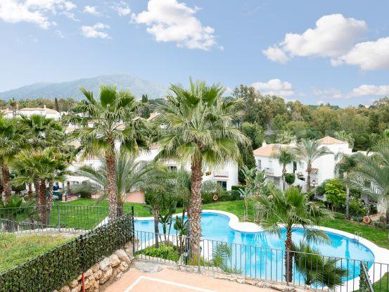 Buy apartment with 2 bedrooms in Señorio de Gonzaga, Nueva Andalucia | Serneholt Estate