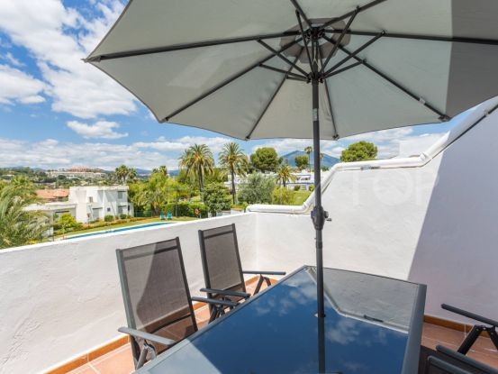 For sale apartment with 2 bedrooms in Aloha, Nueva Andalucia | Serneholt Estate