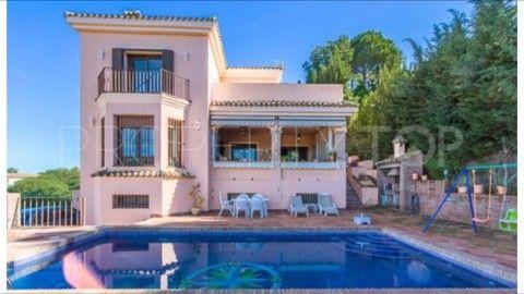 For sale villa with 6 bedrooms in Sotogrande Alto | Serneholt Estate