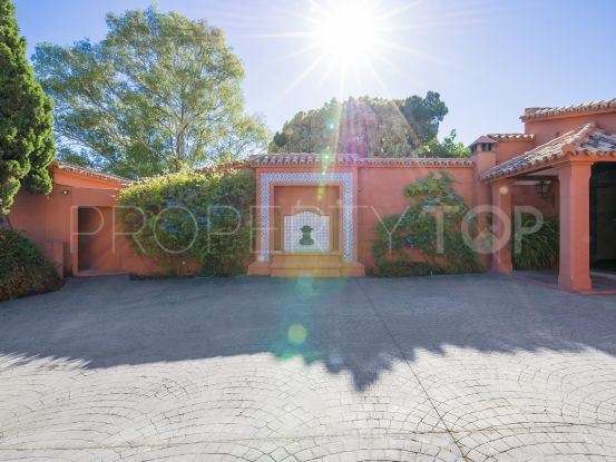 For sale Fuente del Espanto villa with 5 bedrooms | Cleox Inversiones