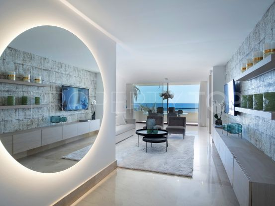Buy apartment with 2 bedrooms in Estepona Playa | Cleox Inversiones