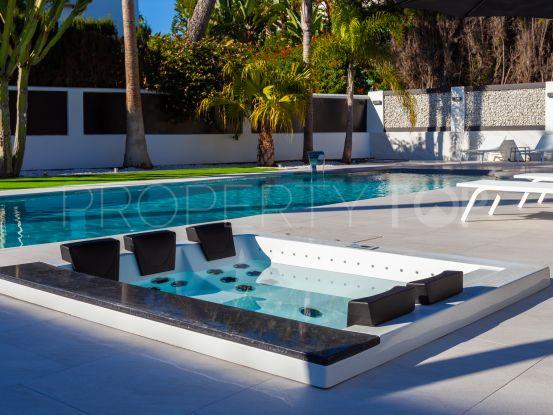 Los Monteros Playa 5 bedrooms villa for sale | Cleox Inversiones