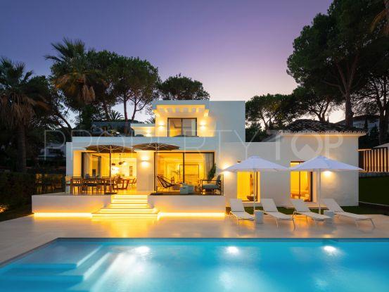 Villa for sale in Nueva Andalucia with 5 bedrooms | Cleox Inversiones