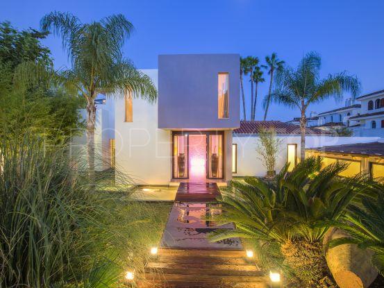 Costalita, Estepona, villa con 5 dormitorios en venta | Cleox Inversiones