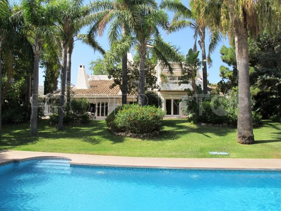 Villa for sale in Rio Real, Marbella East | Cleox Inversiones
