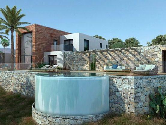 Buy Elviria 4 bedrooms villa | Cleox Inversiones