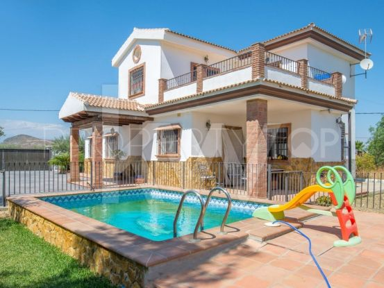 Buy Alhaurin el Grande chalet | Keller Williams Marbella