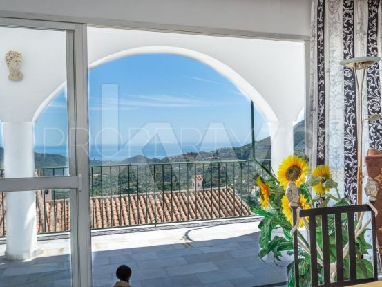 For sale town house with 4 bedrooms in Ojen | Keller Williams Marbella