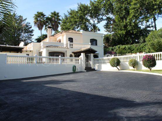 Buy villa in El Pilar with 5 bedrooms | Vita Property
