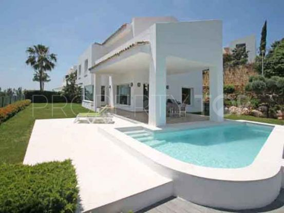 Villa for sale in La Alqueria, Benahavis | Vita Property