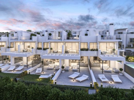 For sale town house in Estepona with 3 bedrooms   Vita Property
