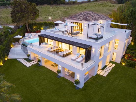 5 bedrooms Nueva Andalucia villa for sale   Vita Property
