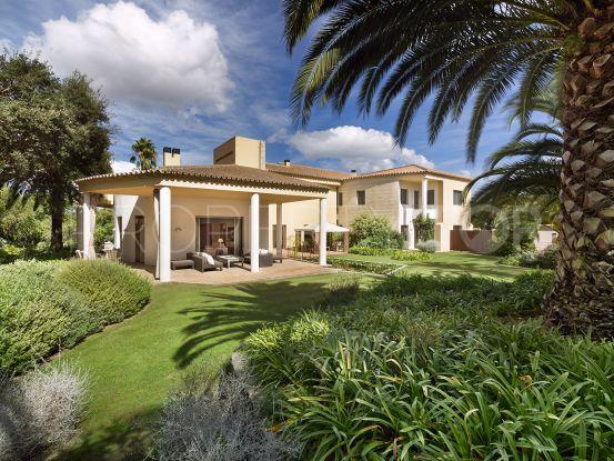 For sale villa in Reyes y Reinas, Sotogrande | Noll & Partners