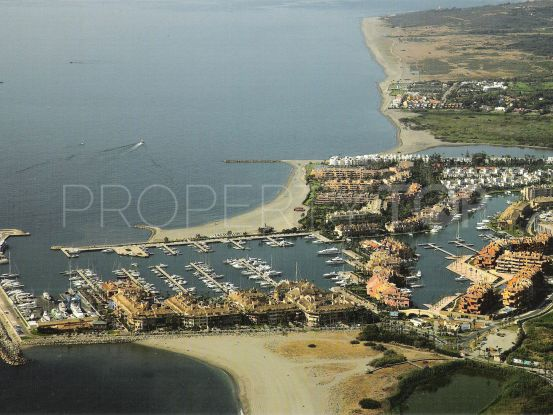 Buy apartment in Sotogrande Puerto Deportivo with 2 bedrooms | Noll & Partners