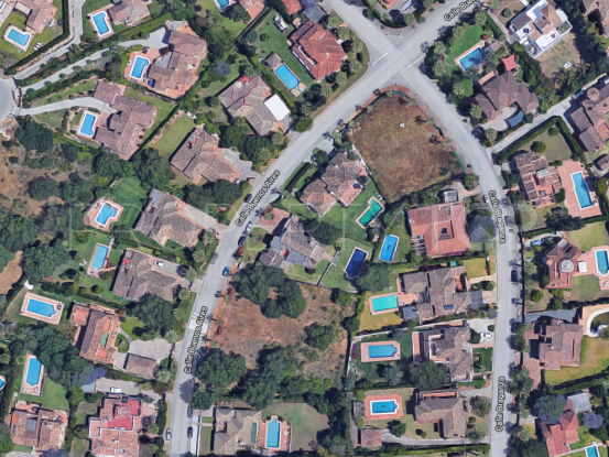 Plot for sale in Sotogrande Costa | Noll & Partners