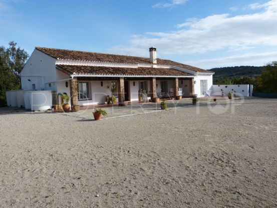 5 bedrooms San Enrique de Guadiaro country house for sale | Noll & Partners