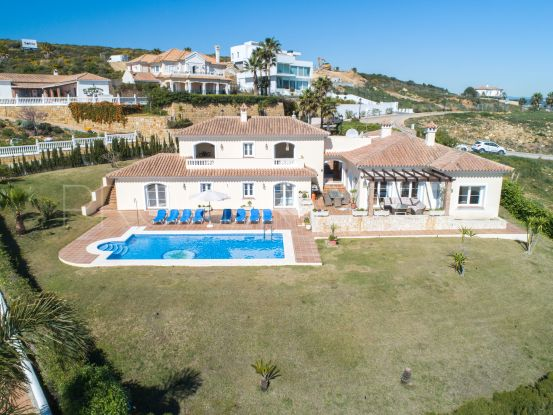 Villa with 4 bedrooms in Alcaidesa | Noll & Partners