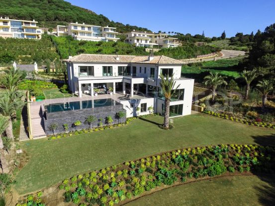 For sale villa with 5 bedrooms in La Reserva, Sotogrande | Noll & Partners