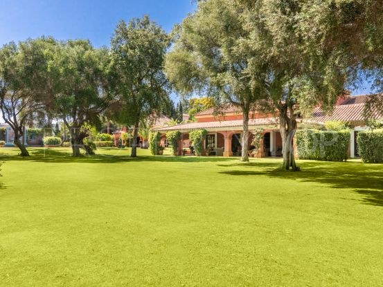 Reyes y Reinas 6 bedrooms villa for sale | Noll & Partners