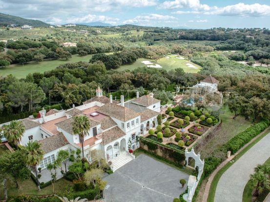 Villa for sale in Los Altos de Valderrama with 10 bedrooms | Noll & Partners