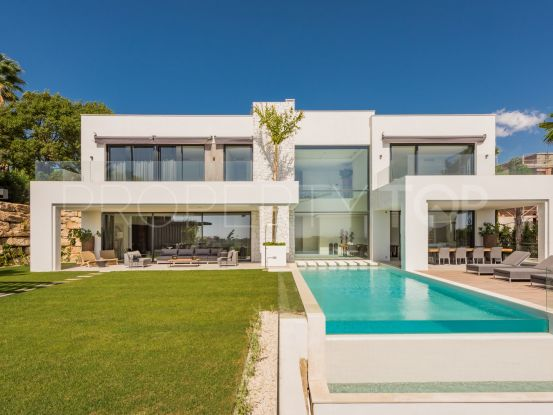 Buy villa with 5 bedrooms in La Alqueria, Mijas | Elite Properties Spain
