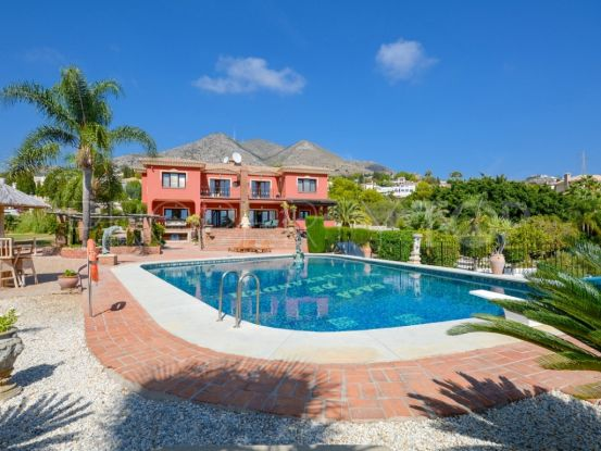 For sale villa with 8 bedrooms in Benalmadena | Your Property in Spain