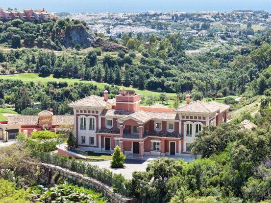 Villa for sale in Los Arqueros with 9 bedrooms | Your Property in Spain