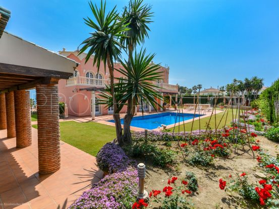 For sale villa with 7 bedrooms in Benalmadena | Your Property in Spain