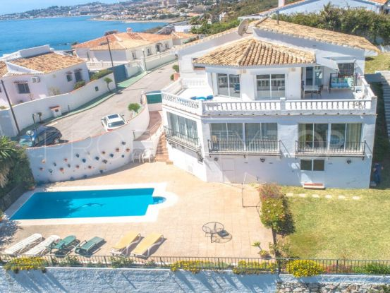 For sale villa with 5 bedrooms in Las Farolas | Your Property in Spain