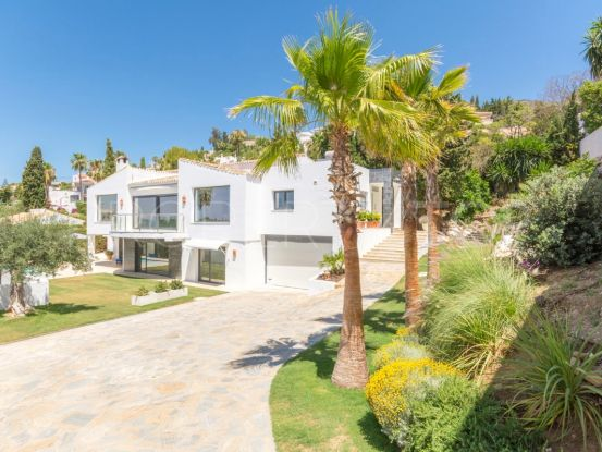 Villa with 6 bedrooms for sale in Benalmadena | Your Property in Spain